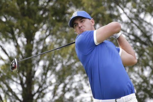Watch: Brooks Koepka tricks TV's shot tracker