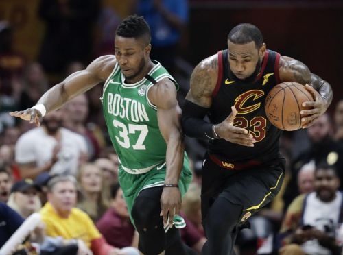 Cavaliers catch Celtics in Game 4, LeBron passes Kareem
