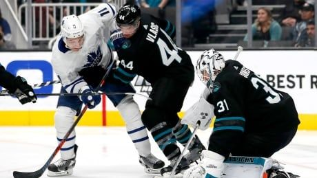 Leafs flex offensive depth to fly past Sharks
