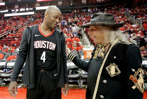 Houston's P.J. Tucker's unique style a hit on, off the court