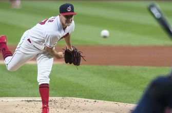 Trevor Bauer returns but Indians fall 7-5 to Red Sox