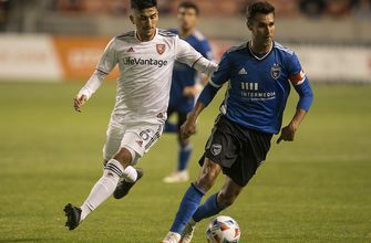 Chris Wondolowski nets two goals in Earthquakes' 2-1 win over Real Salt Lake