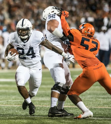 Miles Sanders rules the night as Penn State grinds up Illini late