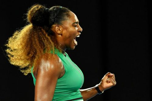 Watch: Serena Williams advances at Aussie Open with straight-sets scorcher