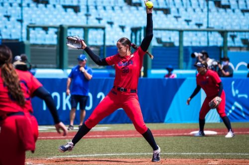 Olympics: Softball's Cat Osterman pitches perfect Team USA past Mexico