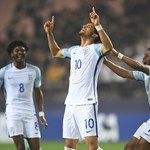 England come from behind to reach final