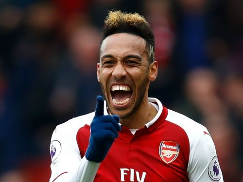 Aubameyang shines as Emery's Arsenal reign starts with 8-0 win