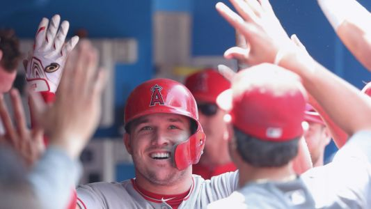 MLB wrap: Mike Trout hits 15th HR; Orioles' Dylan Bundy strikes out 14