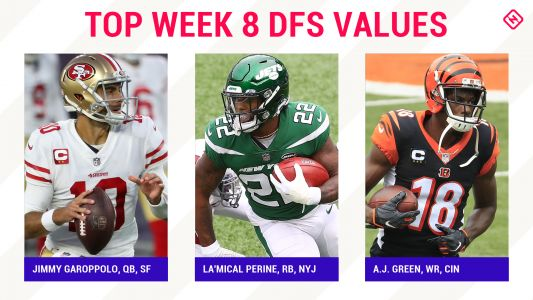Week 8 NFL DFS Picks: Best value players, sleepers for DraftKings, FanDuel daily fantasy football lineups