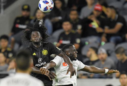 Ciman, Diomande help LAFC to 2-0 win over Crew