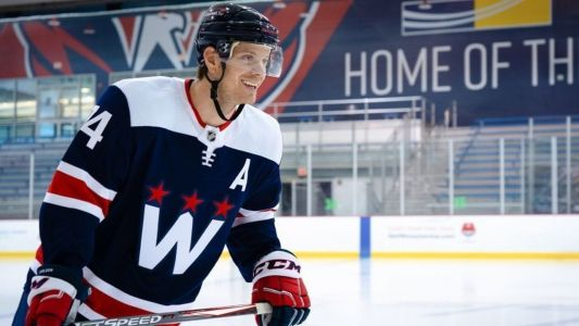 Capitals unveil new alternate uniforms