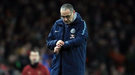 Maurizio Sarri blasts his players but Chelsea's issues are his fault