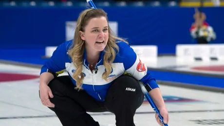 Canada's Carey slips to .500 after loss to Japan at women's curling worlds