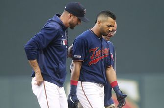 Twins OF Eddie Rosario leaves game with sprained ankle