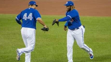 Blue Jays' Rowdy Tellez unfazed by Vladimir Guerrero Jr.'s move to 1st base