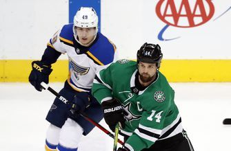 Benn 2 goals as Stars snap Blues' record 11-game win streak