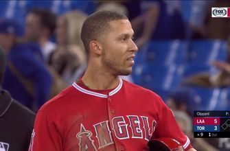 Andrelton Simmons drives in game-winning runs to cap off 9th inning rally