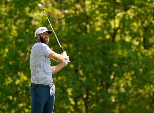 Dustin Johnson's Masters title defense comes quickly, with more record opportunities