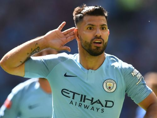 Aguero extends Man City contract to 2021
