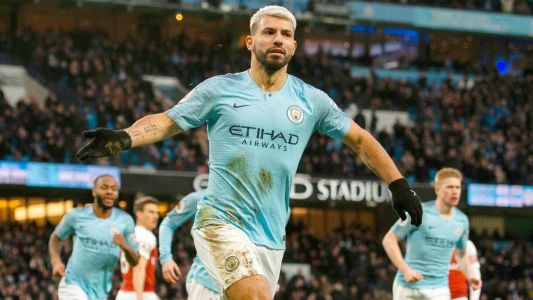 Aguero hat trick sees Manchester City past Arsenal to close gap on Liverpool