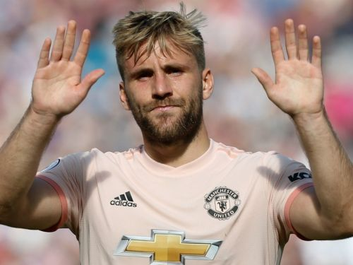 Video: Luke Shaw sends message to Manchester United fans after signing new five-year contract
