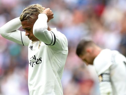 'Give us back our Real Madrid!' - Blancos fans demand change after Levante loss