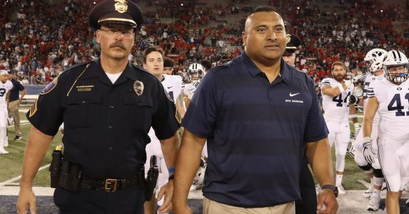 BYU Football Weekend News: LB Christian Folau to transfer, Louisville RB commit visits BYU