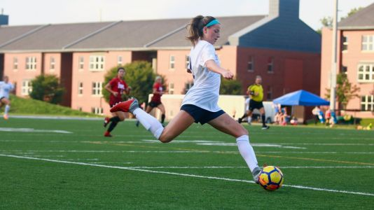 Roxbury alumna Paige Monaghan signs with Sky Blue FC