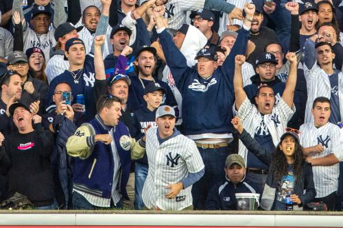 Yankees, Mets will have fans at games for Opening Day