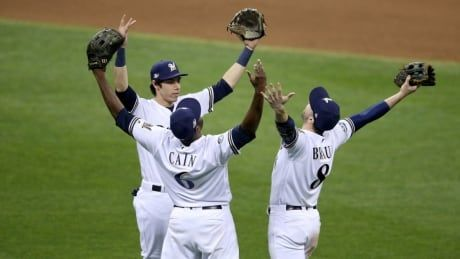 Brewers dominate Dodgers to push NLCS to Game 7