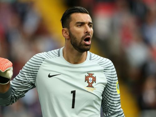Wolves sign Portugal goalkeeper Patricio following Sporting resignation