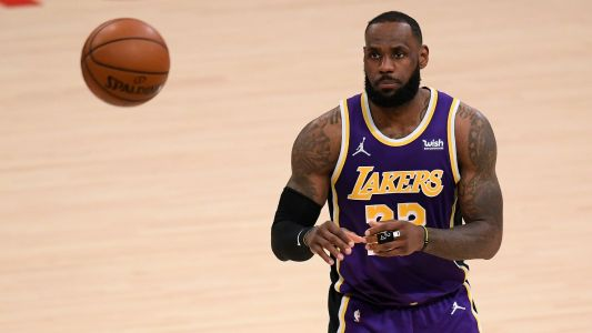 Lakers' LeBron James won't be suspended after violating NBA's health and safety protocols, per report