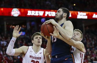 Davison, Iverson lead No. 22 Wisconsin over Illinois, 64-58