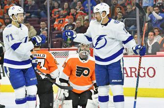 Alex Killorn nets 100th career goal as Lightning down Flyers for 7th straight win