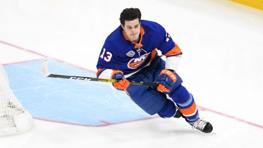 Weber, Barzal, Canadian women among winners at Skills Competition