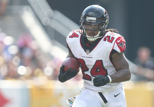 Atlanta Falcons to place RB Devonta Freeman on injured reserve, per report