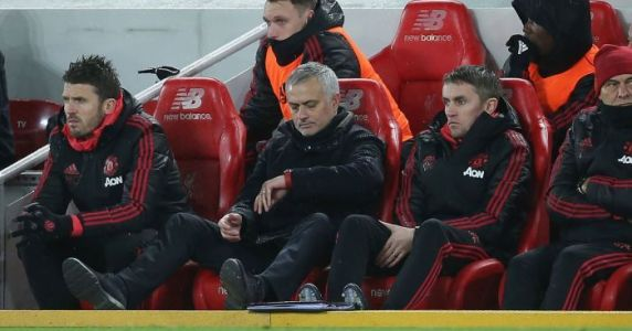 Man Utd £15m settlement meeting could delay Mourinho's next move