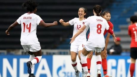 Canada slides into 1st place at FIFA U17 women's World Cup