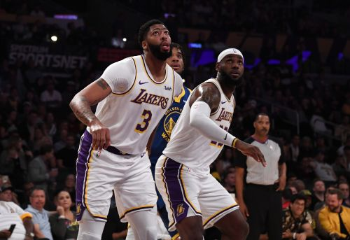 How will Lakers manage minutes of star duo? 'I'm born to have workload,' LeBron James says