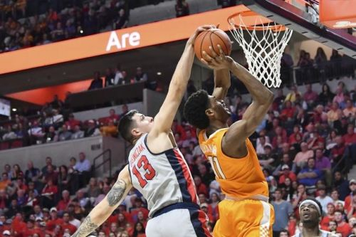 Tennessee Volunteers vs. Ole Miss Rebels - 1/21/20 College Basketball Pick, Odds & Prediction