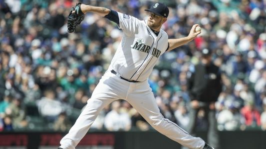 MLB trade rumors: Yankees acquire starter James Paxton from Mariners