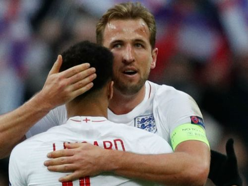 Kane welcomes end to goal drought as England show big-game spirit to make Nations League finals