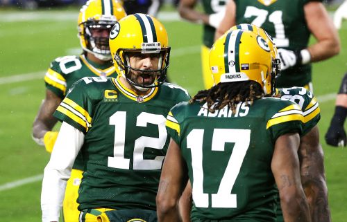 Packers rip Rams to advance to NFC Championship