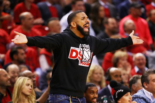 Drake fires back at Bucks owner's daughter by changing his profile pic to her