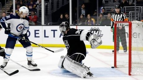 Jets top Kings to extend Central Division lead
