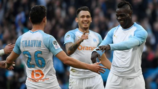 Mario Balotelli scores again as Marseille ease past SC Amiens