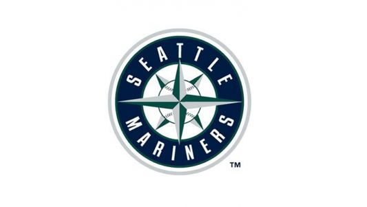 Mariners agree to deal with infielder Dylan Moore