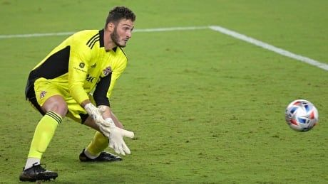 Alex Bono comes up big as Toronto FC holds on to defeat Chicago Fire
