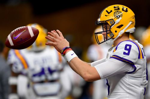 Joe Burrow's small hands are the biggest NFL combine story