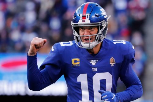 Eli Manning finally caves and joins Twitter